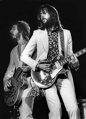 Pete Townshend & Eric Clapton by Barrie Wentzell