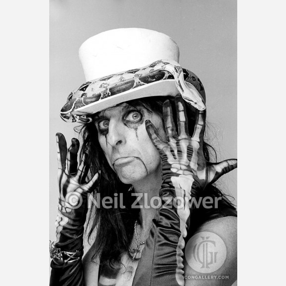 Alice Cooper by Neil Zlozower