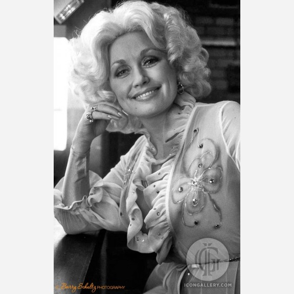 Dolly Parton by Barry Schultz