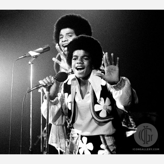Michael Jackson w/the Jackson 5 by Gijsbert Hanekroot