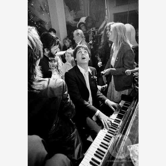 Paul McCartney by Terry O'Neill