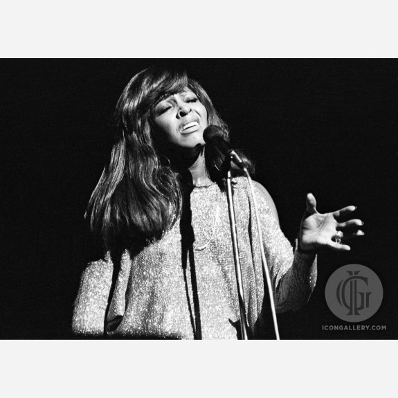 Tina Turner by Ian Dickson