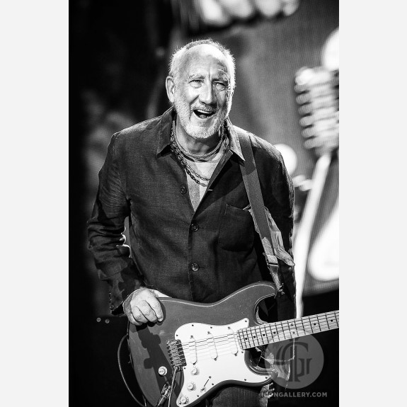 Pete Townshend of the Who by Jérôme Brunet