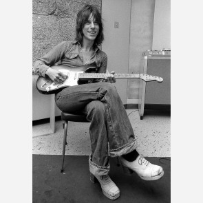 Jeff Beck by Ian Dickson