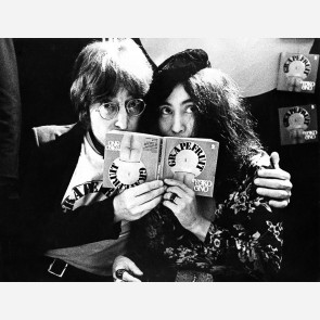John Lennon & Yoko Ono by Gijsbert Hanekroot