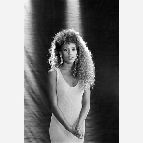Whitney Houston by Ebet Roberts